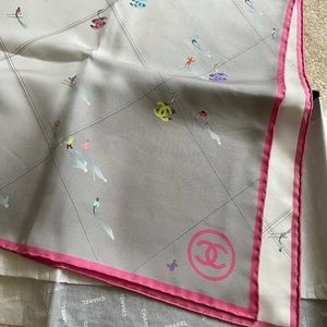 Authentic Chanel silk scarf 90x90 limited edition